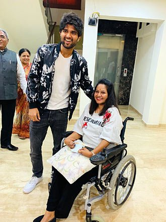 Vijay Deverakonda rides straight into people's hearts