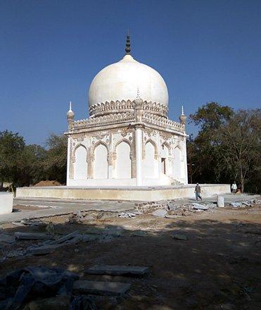 The Commander's tomb.
