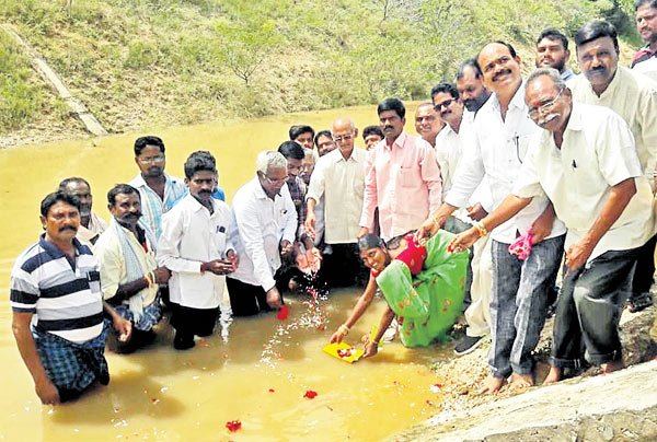 Sri Ram Sagar Project brims to FRL, gates to be lifted