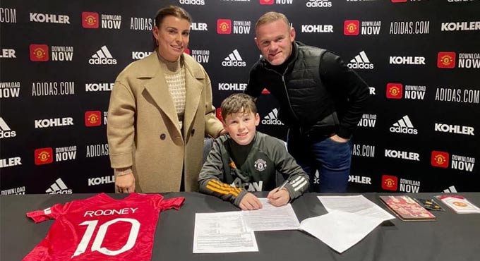 Wayne Rooney S Son Kai Signs For Manchester United Youth Academy